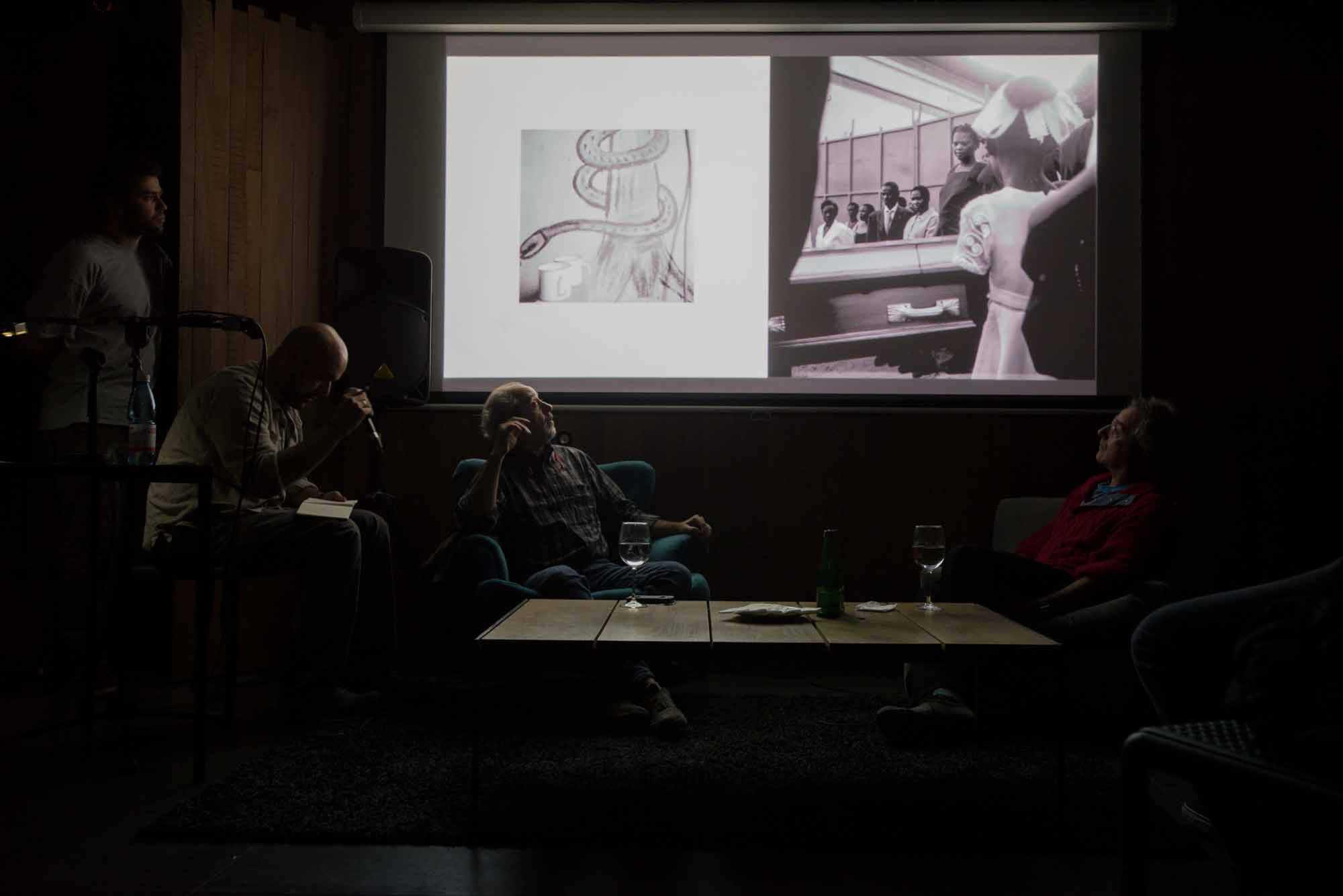 Dario Coletti, fotografo italiano participa en Díalogos Fotográficos en el Restaurant El Internado en el marco de la 7ª edición del Festival Internacional de Fotografía en Valparaíso, FIFV 2016. ©Ignacio Lamas