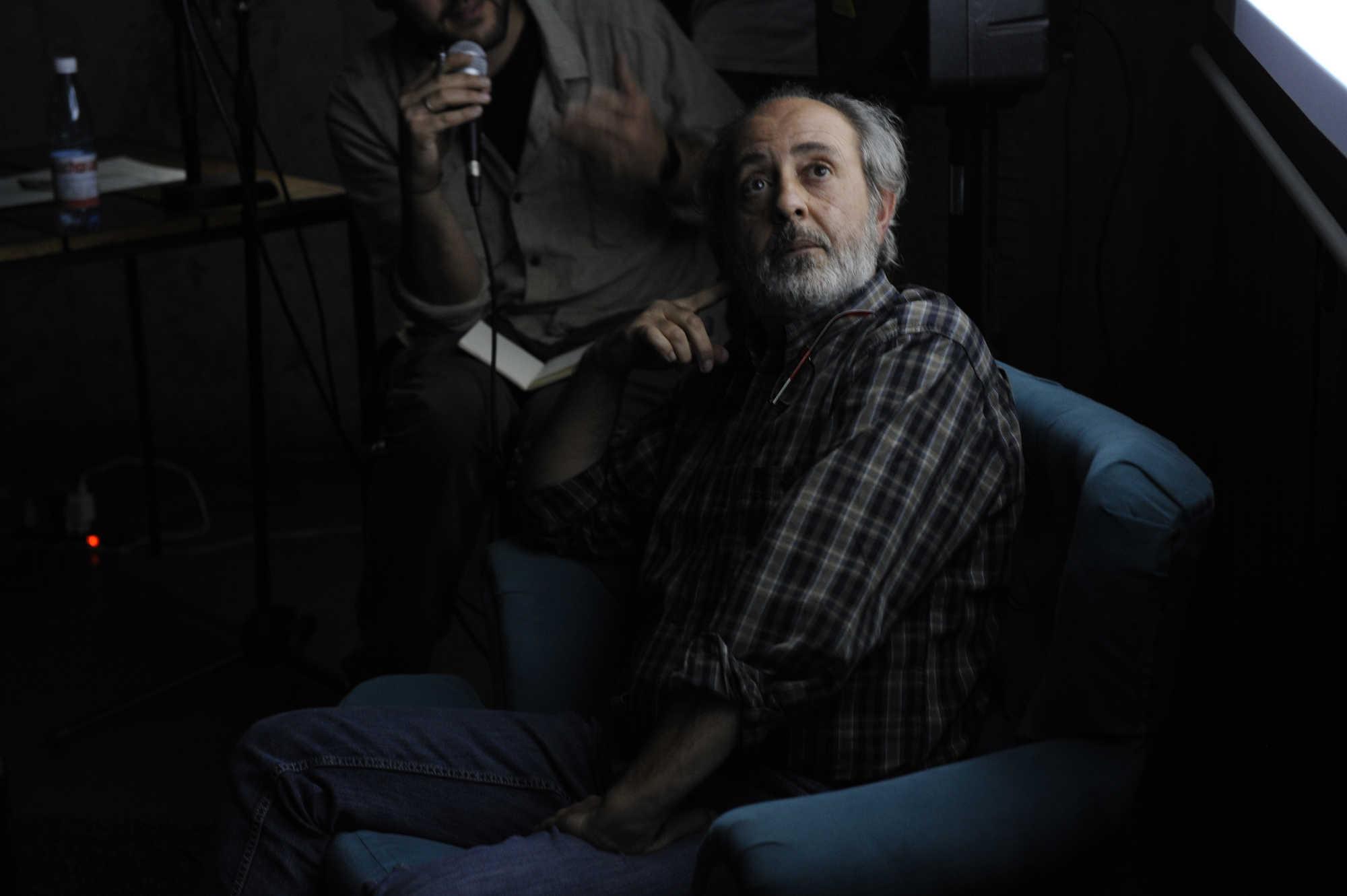 Dario Coletti, fotografo italiano participa en Díalogos Fotográficos en el Restaurant El Internado en el marco de la 7ª edición del Festival Internacional de Fotografía en Valparaíso, FIFV 2016. ©Víctor Ruiz Caballero