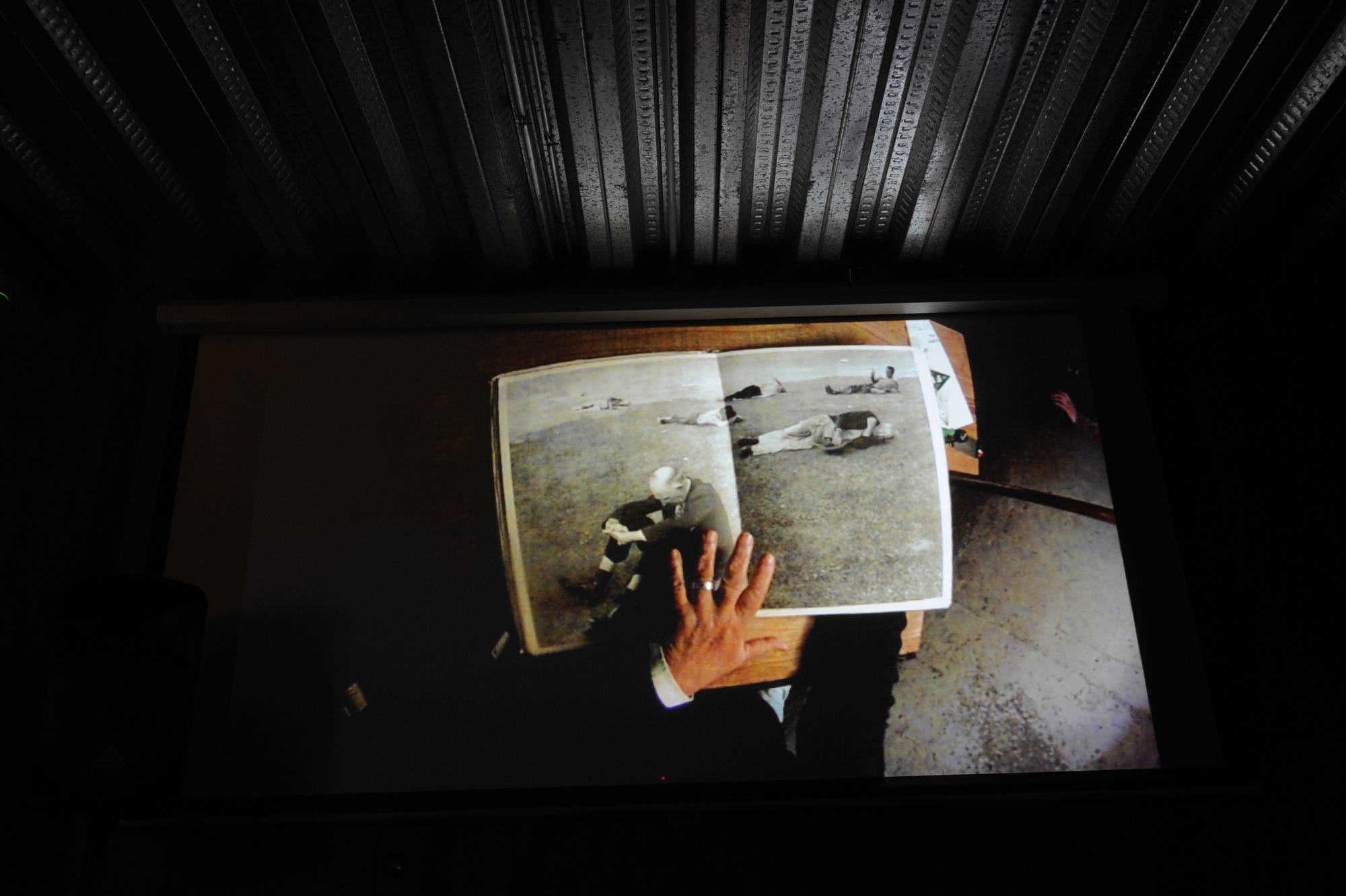 Luis Poirot participa en Díalogos Fotográficos en el Restaurant El Internado en el marco de la 7ª edición del Festival Internacional de Fotografía en Valparaíso, FIFV 2016. ©Víctor Ruiz Caballero